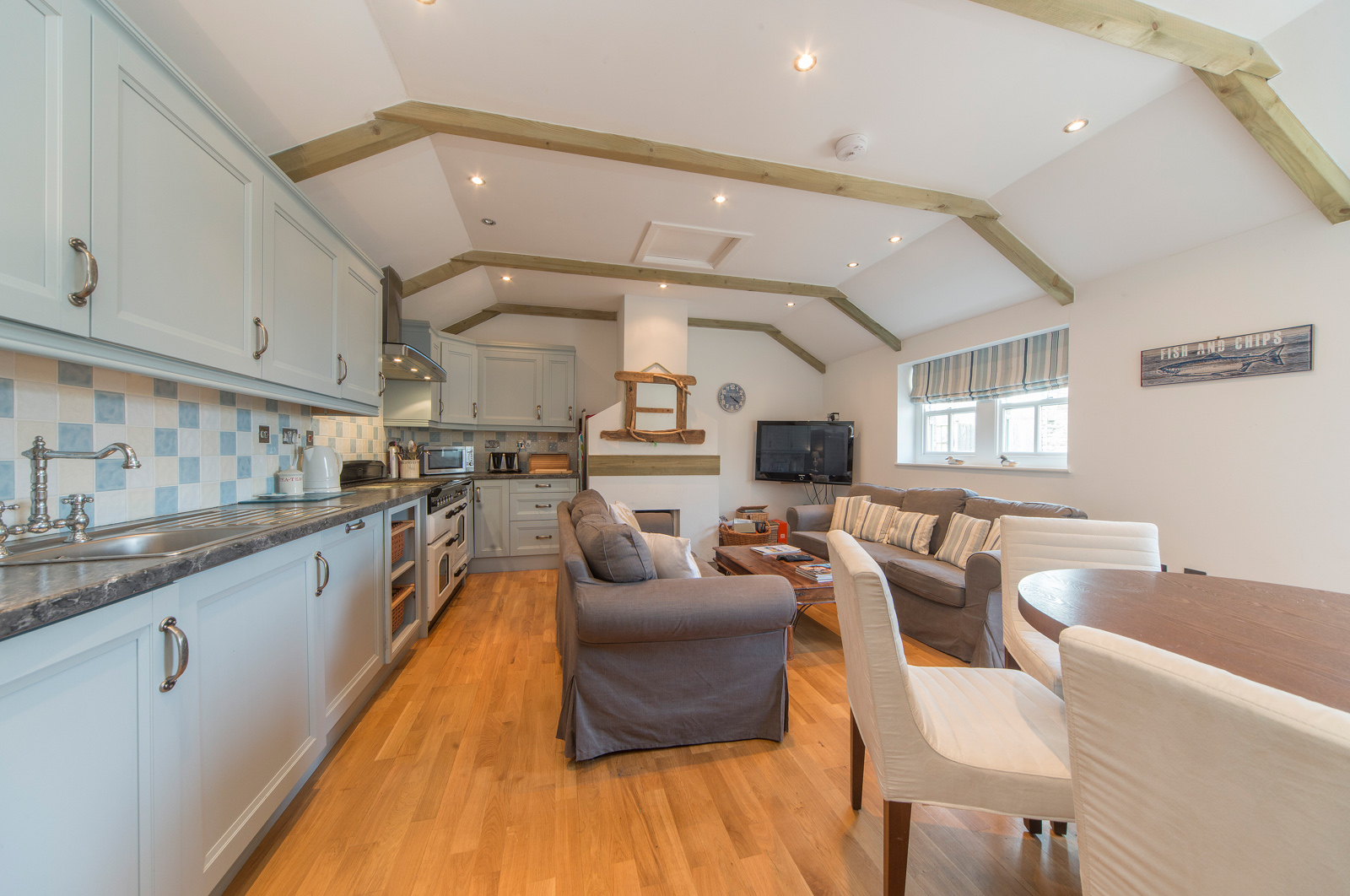 Kitchen, Lounge And Dining